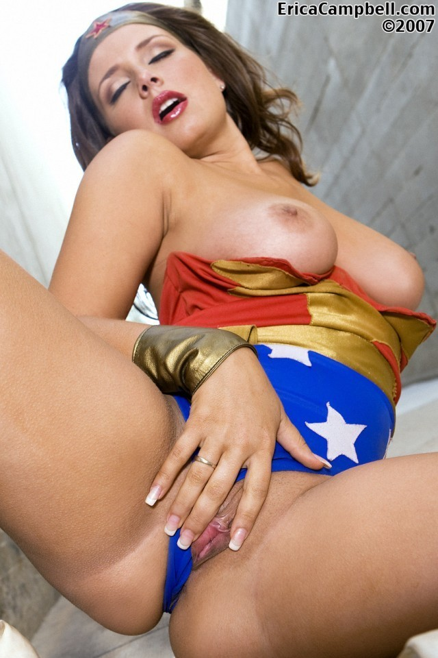 wonder woman sexy showe