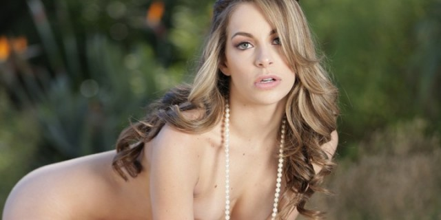 10 Super Hot Pics of Kimmy Granger