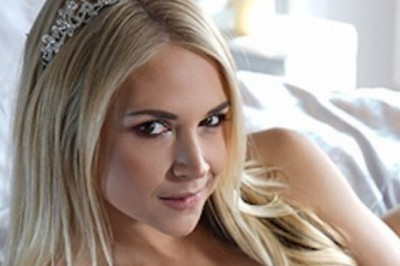 Sarah Vandella Stars in New Scenes for Brazzers & MILF VR