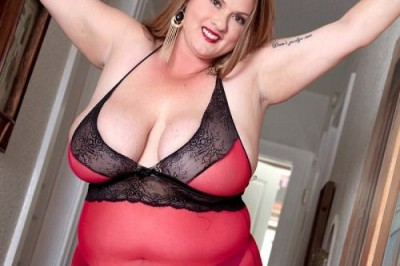 Kimmie KaBoom Is a Full-Figured Fox in Score's Latest DVD