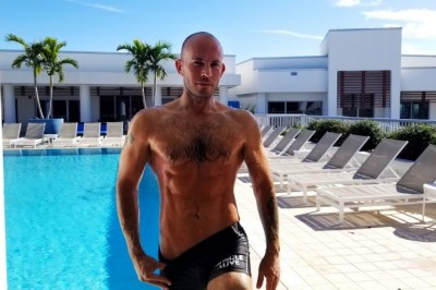 Alex Saint Now Offering Fitness Coaching & Creating Website